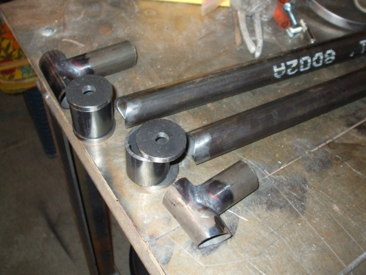 Rear lower control arms2.JPG